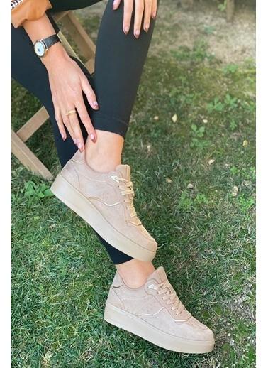 İnan Ayakkabı Bayan Delık Detaylı Ve Parça Şerıtlı Spor Ayakkabı Sneaker Ten